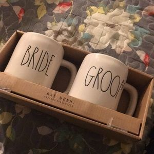 Rae dunn bride and groom mugs NWT